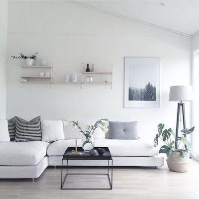 a64fde66f97319dd8a4740bfbfc6b6a4--minimalist-home-living-room-minimal-home-simple-living